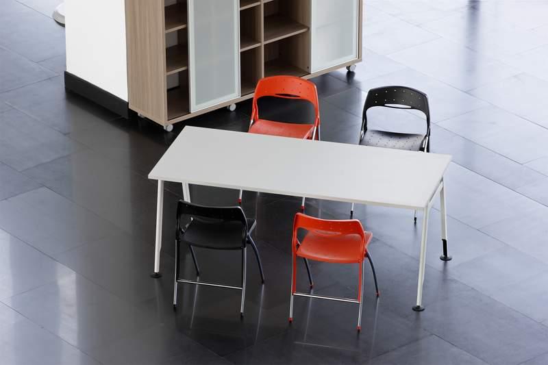 fauteuils et si ges de collectivit s fabricant de mobilier de bureau informatique sur mesure. Black Bedroom Furniture Sets. Home Design Ideas